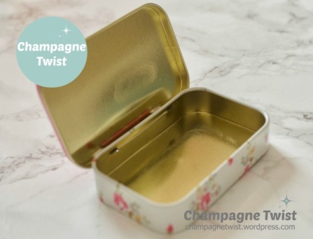 mini travel sewing kit | champagne twist - champagnetwist.wordpress.com